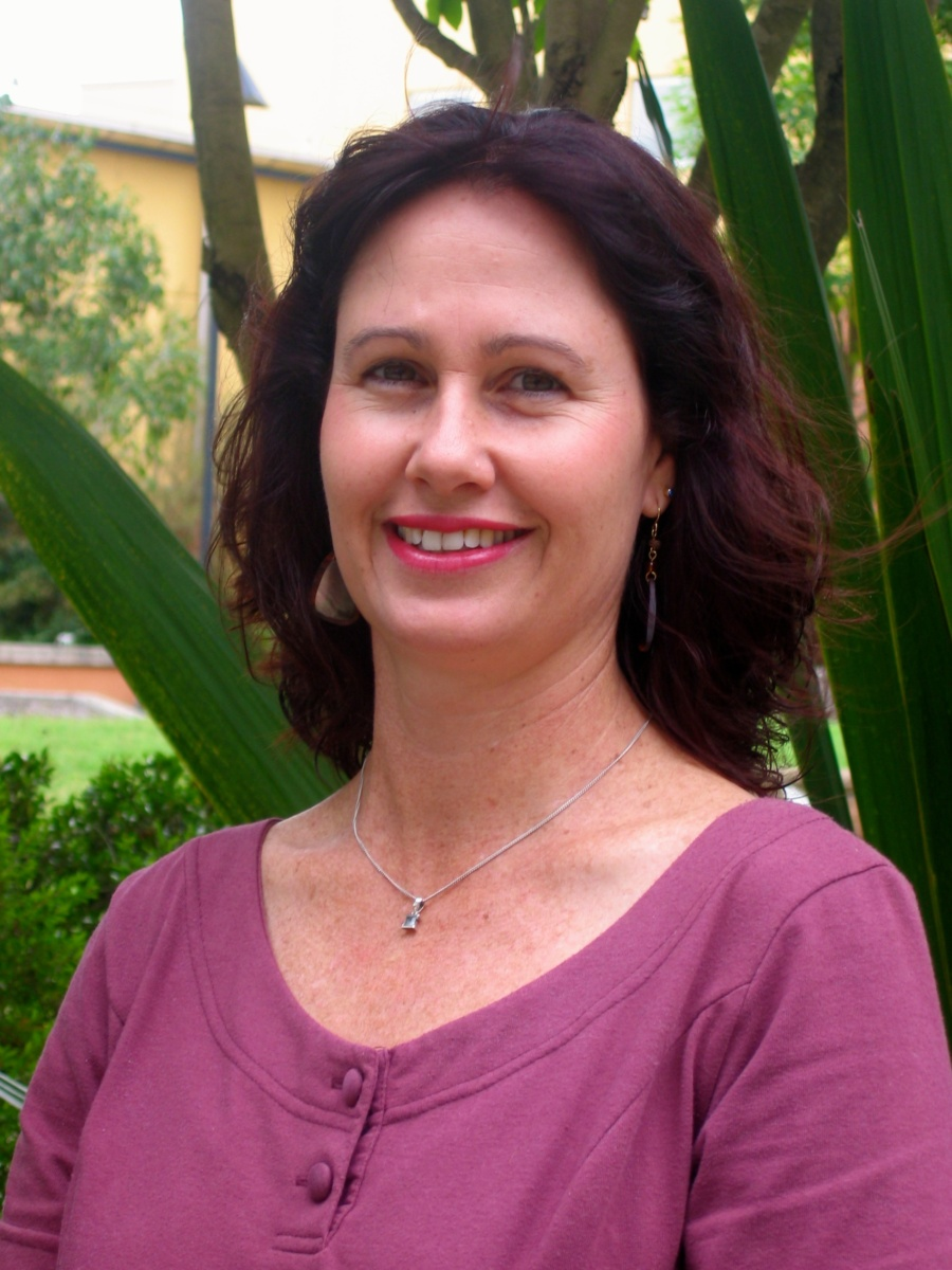 dr elisabeth coyne studies the family experience of cancer